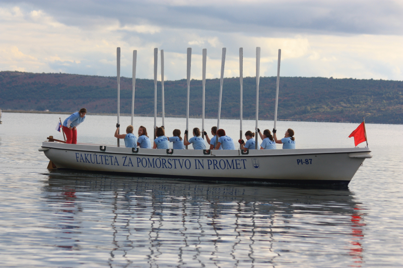 Razpis za strokovne storitve na področju pomorstva in sorodnih industrij v Sloveniji je zaključen